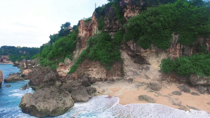 Secret Beach at La Joya Biu Biu