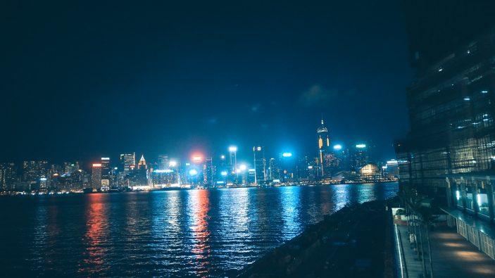 15 Things to Do in Hong Kong: Walk the Promenade