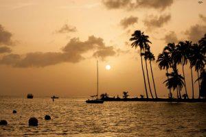 Royan Descartes: Marigot Bay sunset